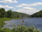 Paddlers on Otter Brook Lake